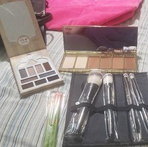 Makeup lot